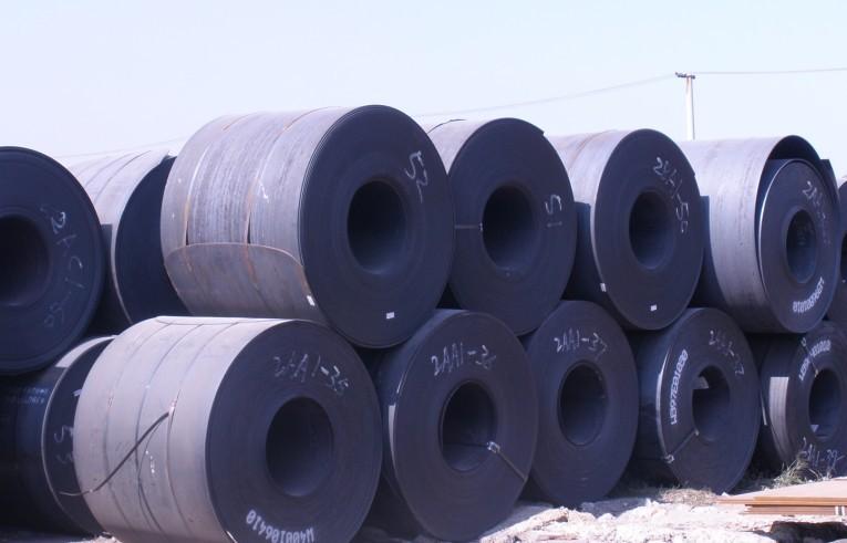 黑色系强势震荡 热卷铁矿与螺纹钢涨逾2%