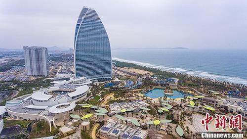 上半年上海GDP同比增长6.9%